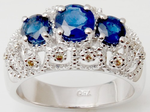Real sapphire rings maker from India