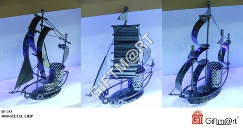 Metal Ship With Pen Stand