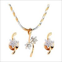Flower Diamond Pendant Set