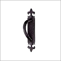 Armorial Pull Handle on Back Plate