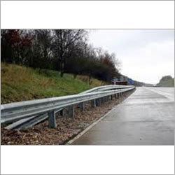 W- Type Metal Crash Barrier