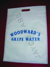 Nonwoven D cut Bags