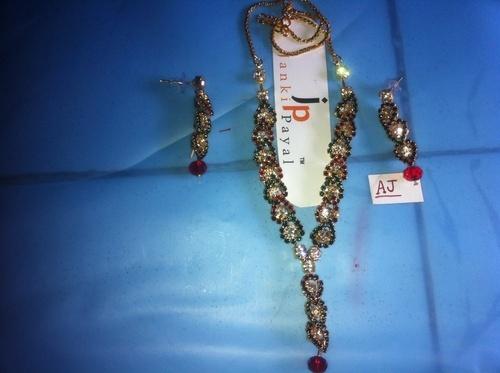 Imitation Fancy Necklaces Manufacturer