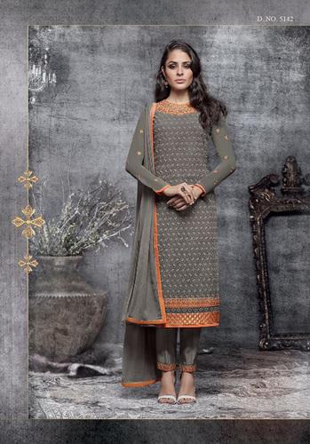 Priyanka Chopra's Designer Salwars Suit Online