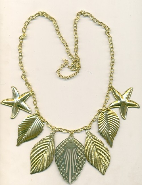 metal leafs Necklace