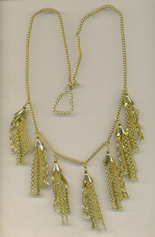 metal with hanging design Necklace