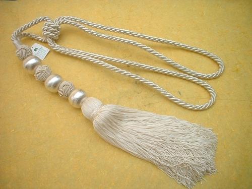 metal glass beads yarn combo  tie back
