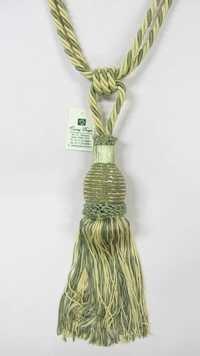 glass beads yarn combo  tie back
