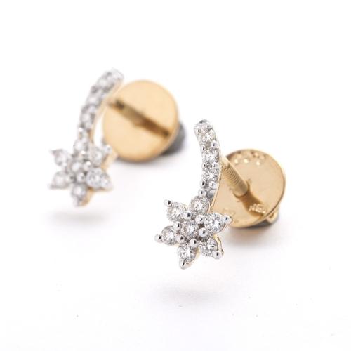 Floral delicate Earrings