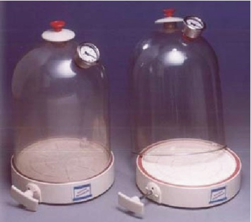 SE.22 – Vacuum Jar, Plastic with Air Pump