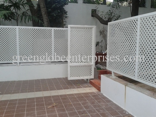 Privacy Diamond Lattice Panel