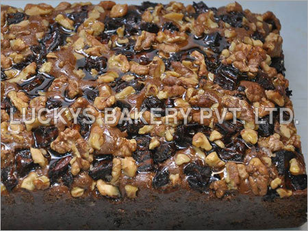 Dates and Walnut Cakes