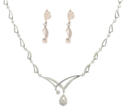 Elegant design necklace