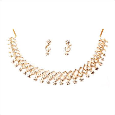 Beautifully Designed Women's Diamond Necklace