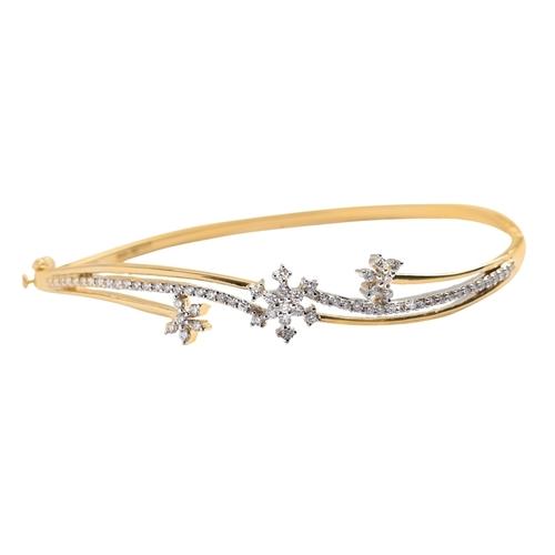 Sparkling 3 Floral Shape Diamond Bracelet