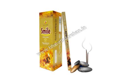 SMILE 7 STICKS SQ. BOX PACKING