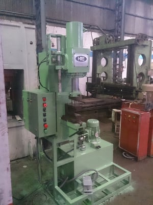 Rivet Hole Punching Press