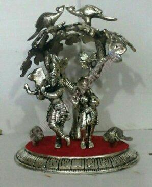 Lord Radha Krishna Statues
