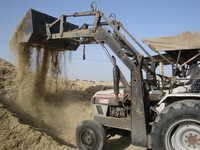 Heavy Duty Husk Loader