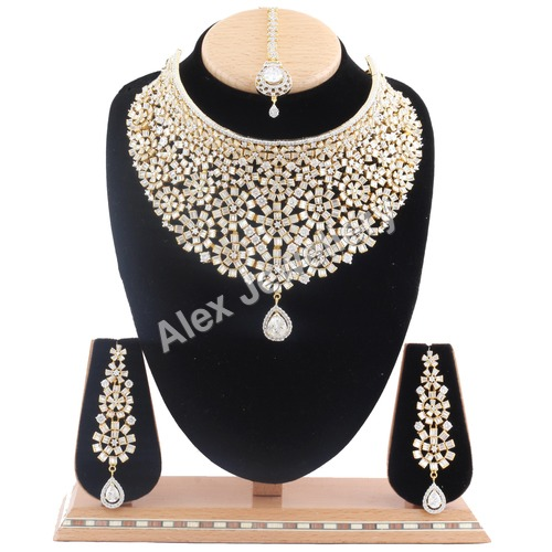 Beautiful AD Necklace Set