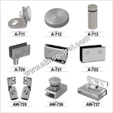 SS Glass Corner Fittings