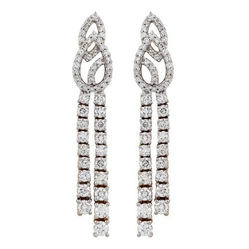 Attractive Diamond Earring