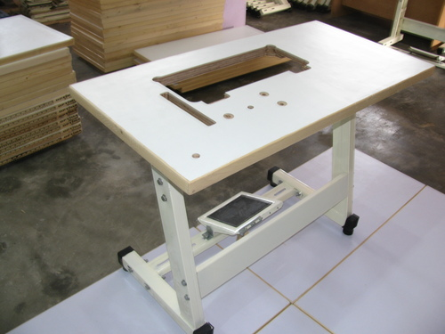 Sewing Machine Stand & Tables