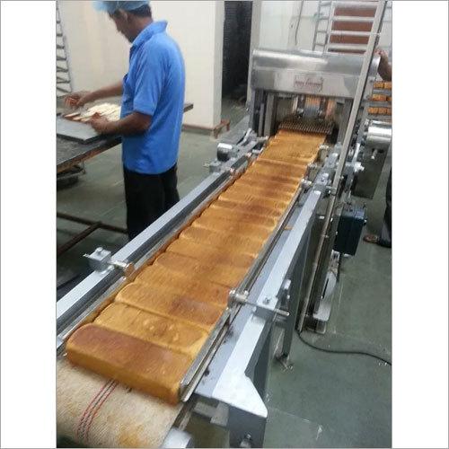 Toast Cutting Machine