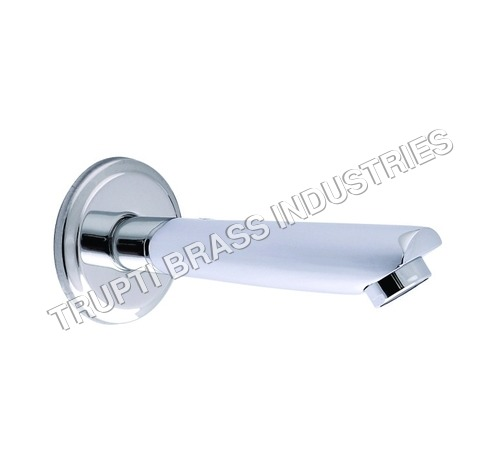 Bath Tub Spout With Wall Flange Cp
