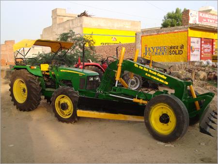 Tractor Grader 55 HP
