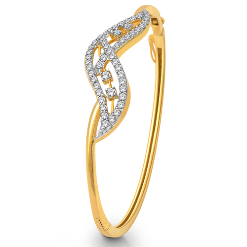 Sleek and glazing Diamond Bracelet