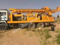 DTH Drilling Rig with deck engine