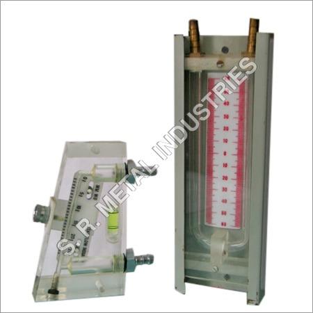 U- Tube Manometer Metallic