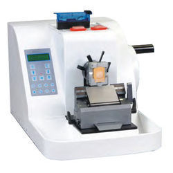 Microtome Instrument