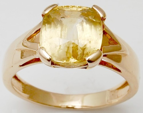 Yellow Gold  Man Ring, Cushion Yellow Sapphire Sto