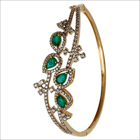 Pear Shape Emerald Gold Bracelet