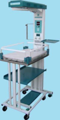 Radiant Warmer with Detachable Trolley