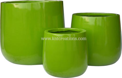 Fiberglass Glossy Planters (Shiny Green)