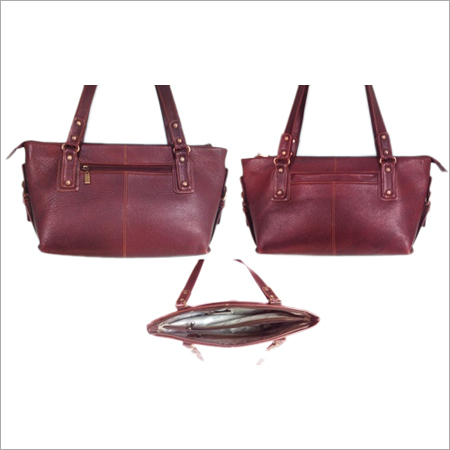 Brown Ladies leather bag