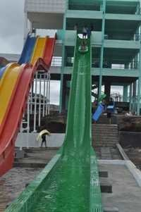Straight Water Slide