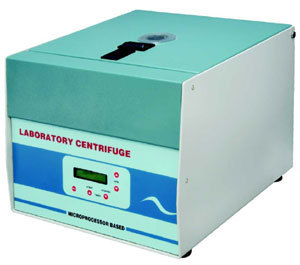 Centrifuge Machine Digital, 5200 r.p.m.