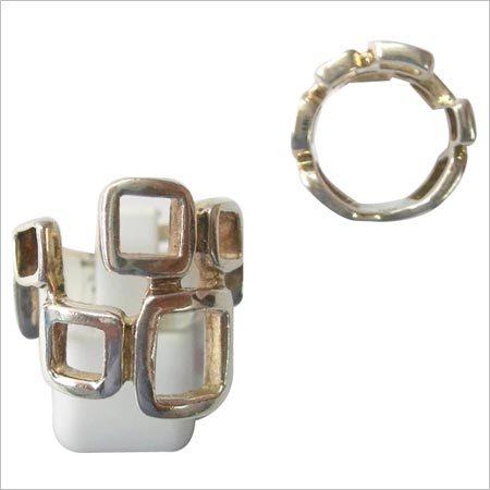 Artificial Metal Ring