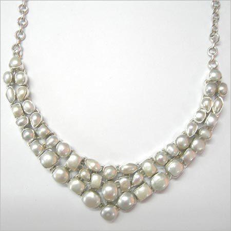 Artificial Pearl Necklace