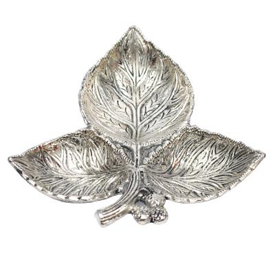 Worship Lamp 3 Leaf White Metal