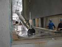 Galvanizing of shipping product