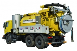 Sewer Suction cum Jetting Machine with a Recycler