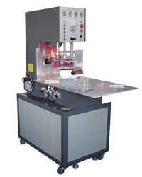 High frequency welder for plastic package