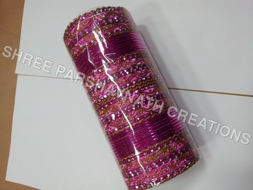 Cutting  pink bangles sets