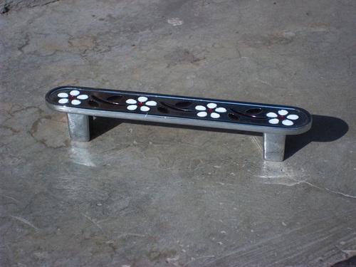 Cabinet handle 08