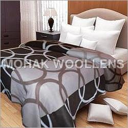 Circle Printed Polar Fleece Blanket